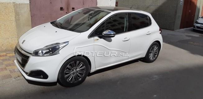 سيارة في المغرب PEUGEOT 208 - 262225