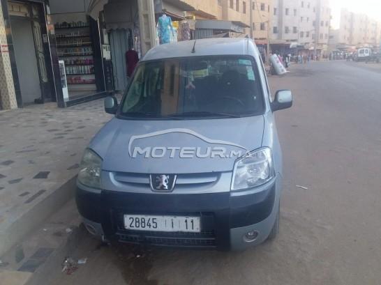 Voiture Peugeot Partner 2009 à mohammedia  Diesel  - 7 chevaux
