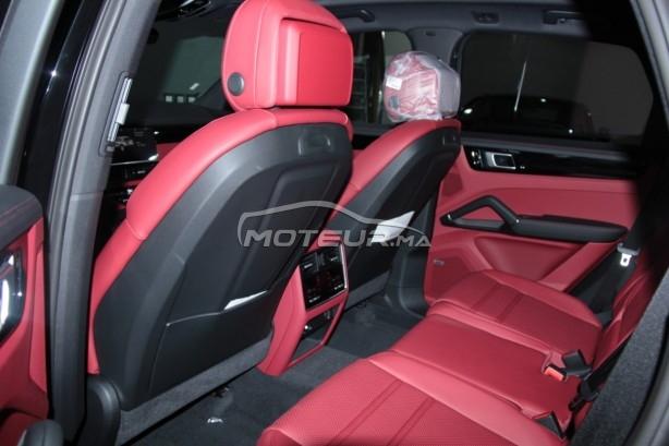 PORSCHE Cayenne Hybride noir-intérieur rouge occasion 754327