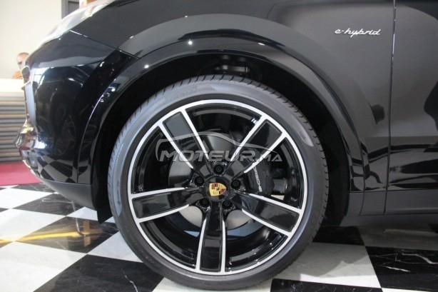 PORSCHE Cayenne Hybride noir-intérieur rouge occasion 754319