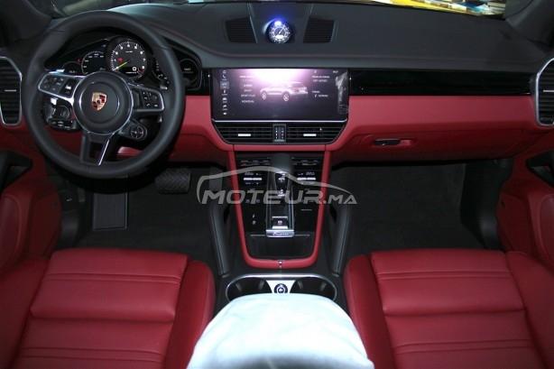 PORSCHE Cayenne Hybride noir-intérieur rouge occasion 754328