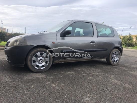 Voiture Renault Clio 2002 à mohammedia  Diesel  - 6 chevaux
