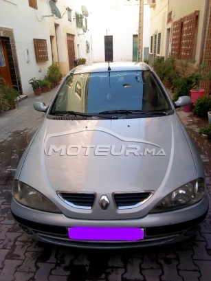 Voiture Renault Megane 2000 à khouribga  Diesel  - 7 chevaux