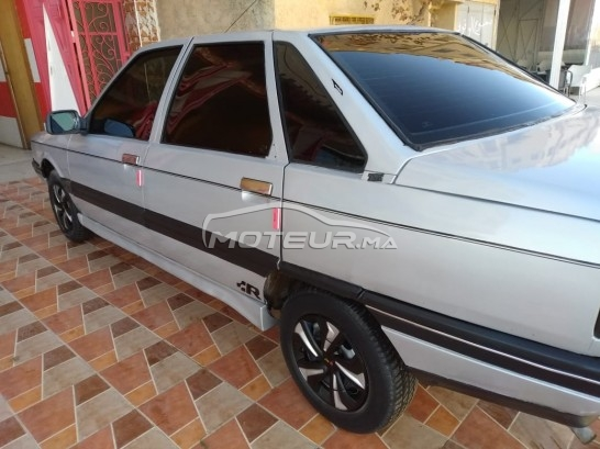RENAULT R21 occasion 665720