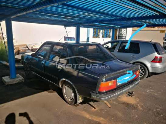 RENAULT R8 occasion 666483