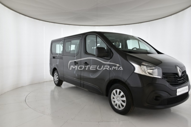 RENAULT Trafic Trafic combi l2h1 9 places مستعملة