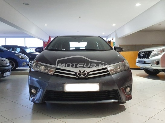 TOYOTA Corolla D-4d gold occasion