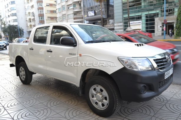 TOYOTA Hilux 4x4 occasion 704712