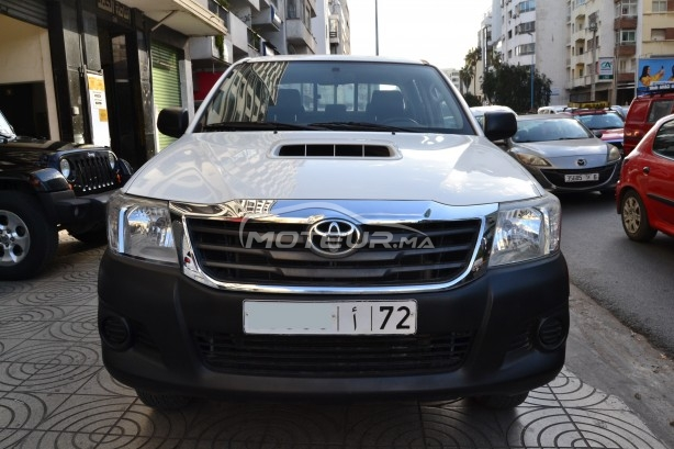 TOYOTA Hilux 4x4 occasion 704711