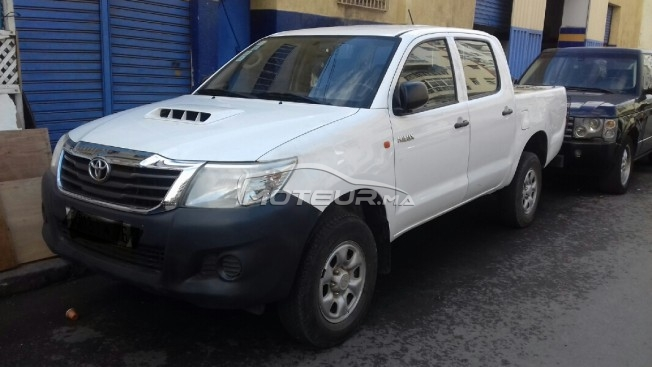 TOYOTA Hilux occasion 673525