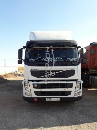 شاحنة في المغرب فولفو فم 400 - 185282