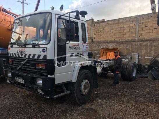 شاحنة في المغرب VOLVO Fl610 - 265845