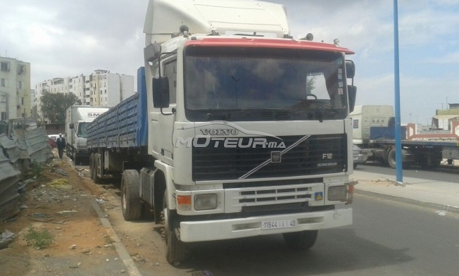شاحنة في المغرب فولفو ف10 - 160714