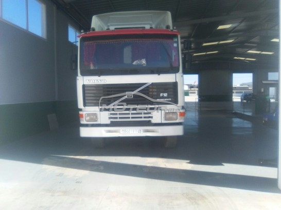 شاحنة في المغرب VOLVO F10 - 151528