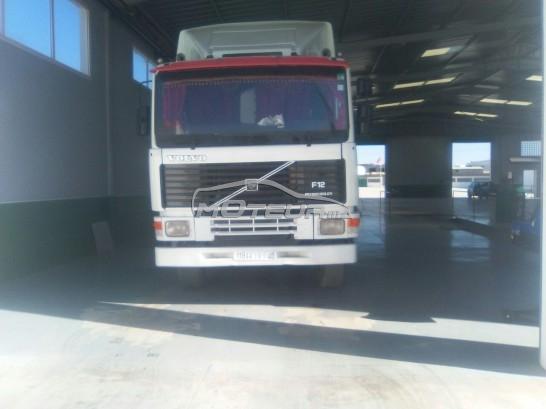 Camion au Maroc VOLVOF10 - 151528