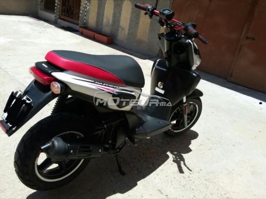 Moto au Maroc YAMAHA Stunt - 177073