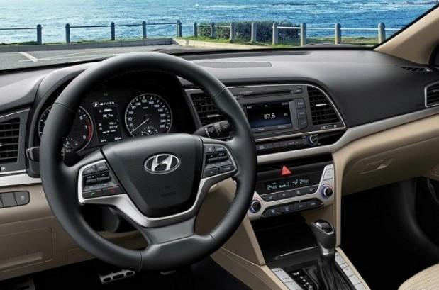 Hyundai creta 1 6 crdi apollon bva neuve au maroc for Salon cuir voiture