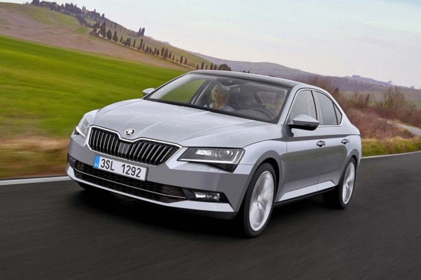 skoda superb 2 0 tdi style neuve au maroc. Black Bedroom Furniture Sets. Home Design Ideas