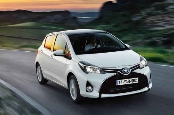 toyota yaris 1 0 vvt i lounge neuve au maroc. Black Bedroom Furniture Sets. Home Design Ideas