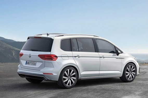 volkswagen touran 2 0 tdi highline 7 places neuve au maroc. Black Bedroom Furniture Sets. Home Design Ideas