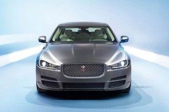 jaguar xe 2.0 i4P AT Pure