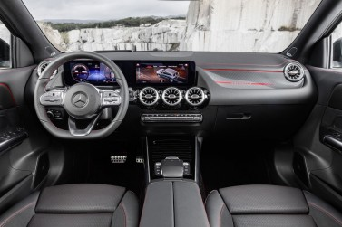 mercedes gla 200d  AMG LINE+