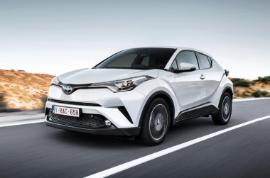 toyota c-hr DYNAMIC MT
